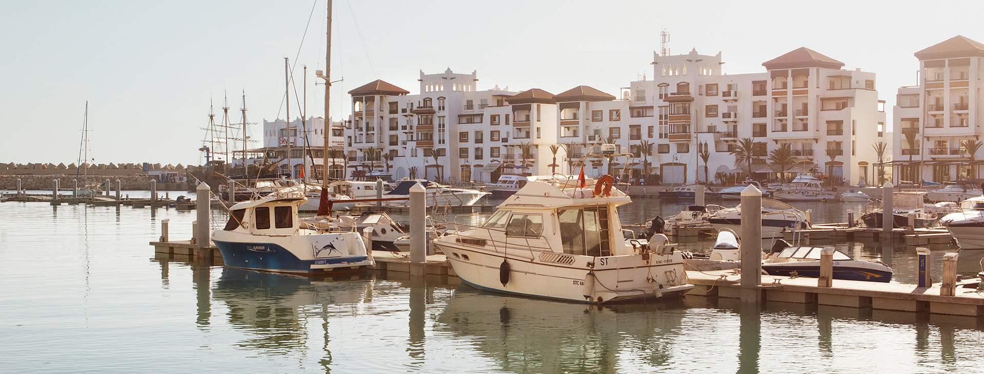 Boka en resa till Marocko med flyg och hotell