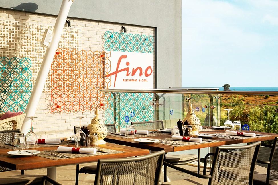 Fino Restaurant & Grill har nu ett ännu bättre läge på takterrassen med härlig utsikt.