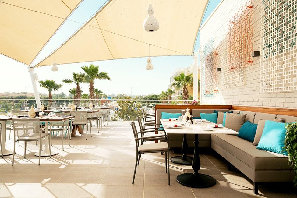 Fino Restaurant & Grill på takterrassen.