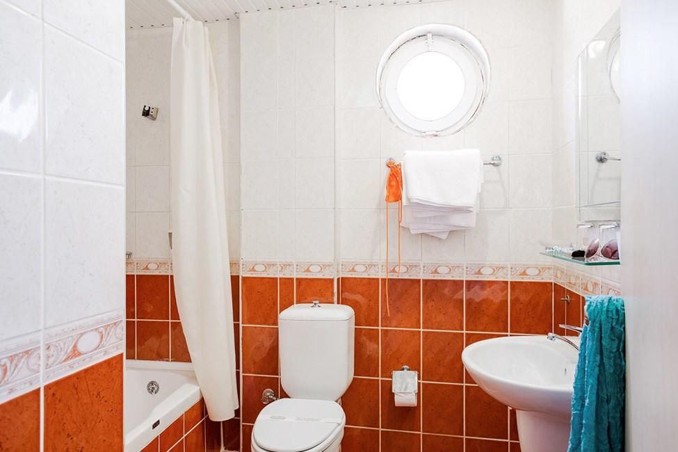 Badrummet i ett dubbelrum