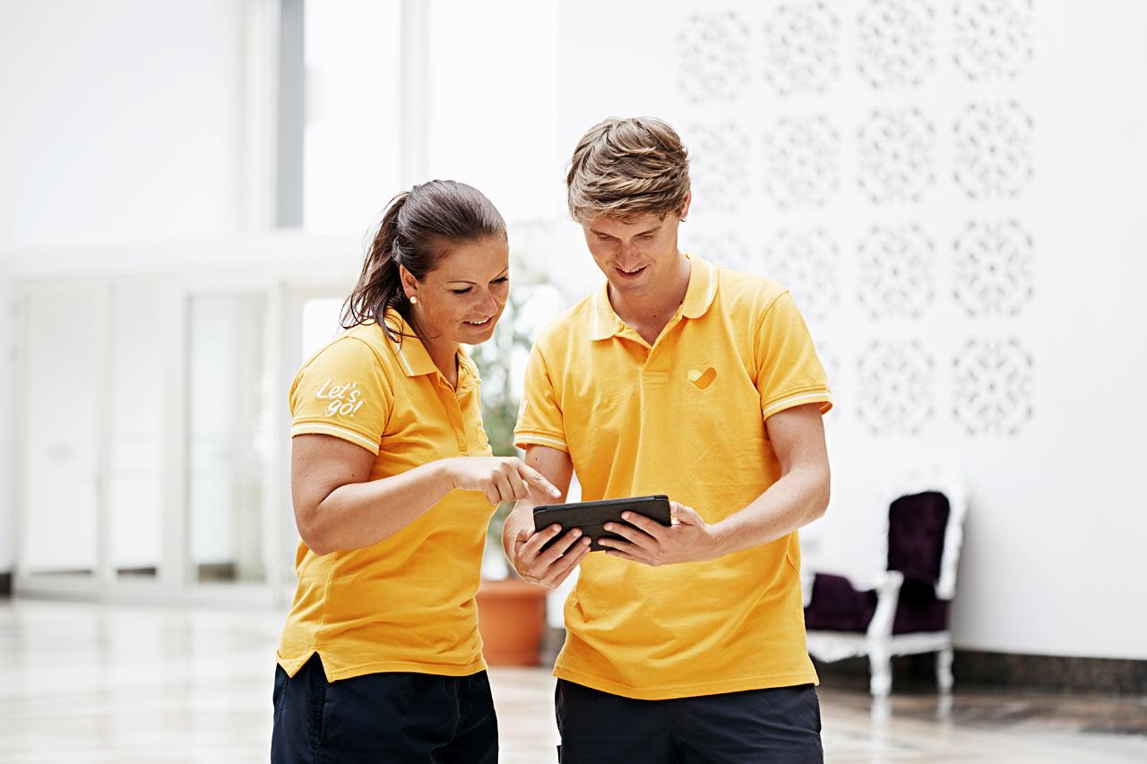 Våra ConnectScout ger personlig service med tips om våra digitala tjänster
