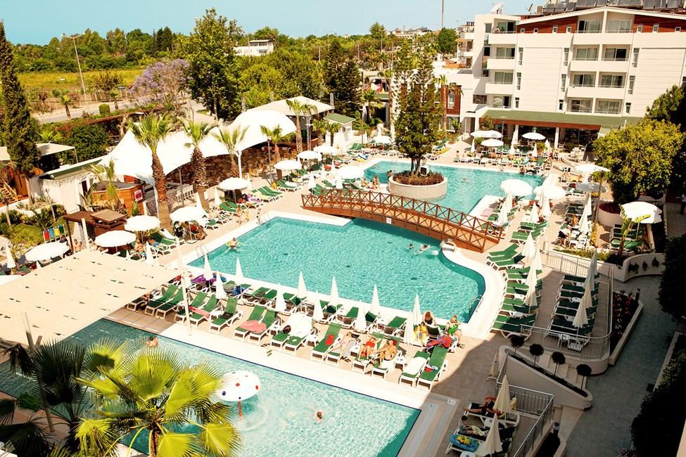 Side Resorts fina poolområde