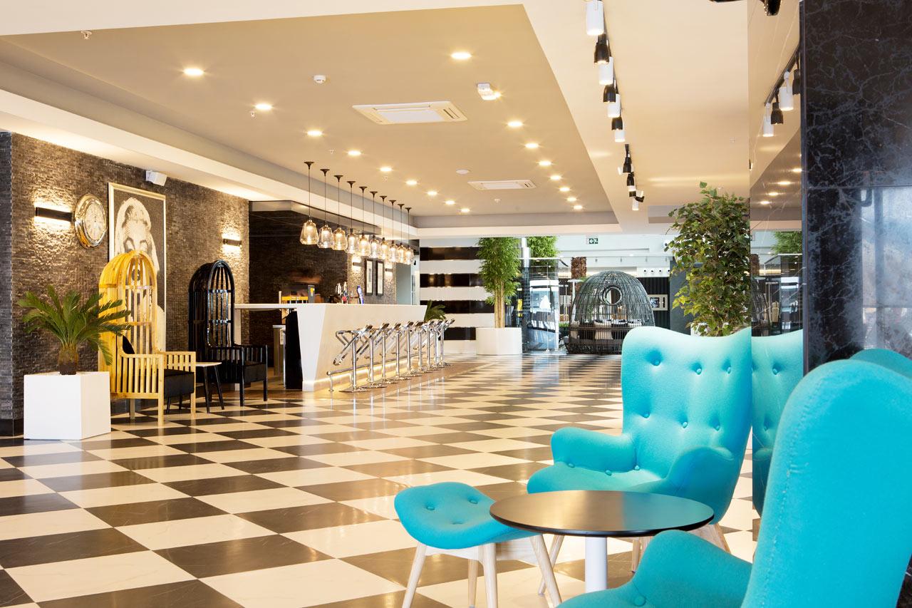 Sunprime Lounge lockar med goda drycker och avslappnad atmosfär