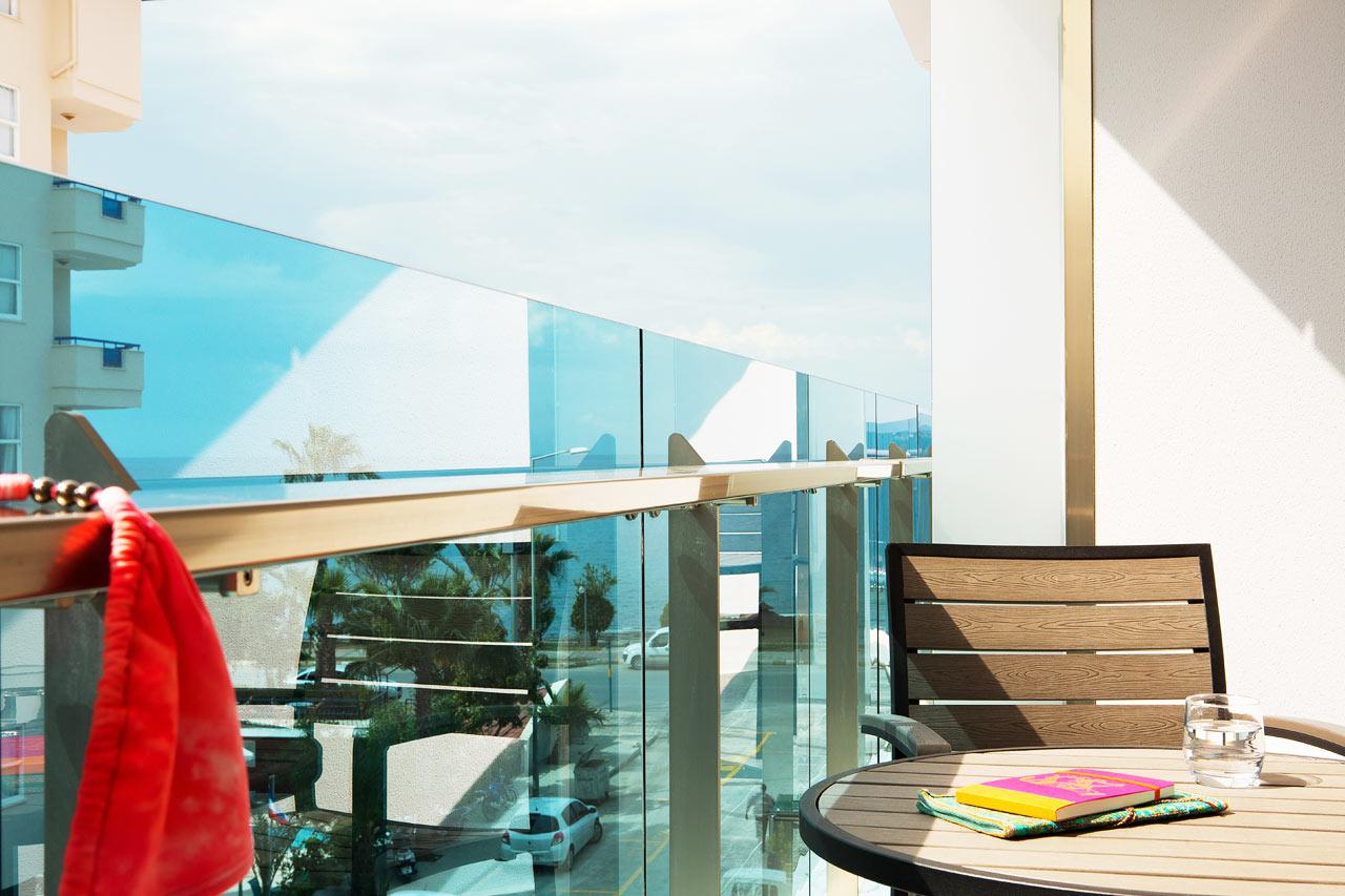 Classic Room med balkong och havsutsikt