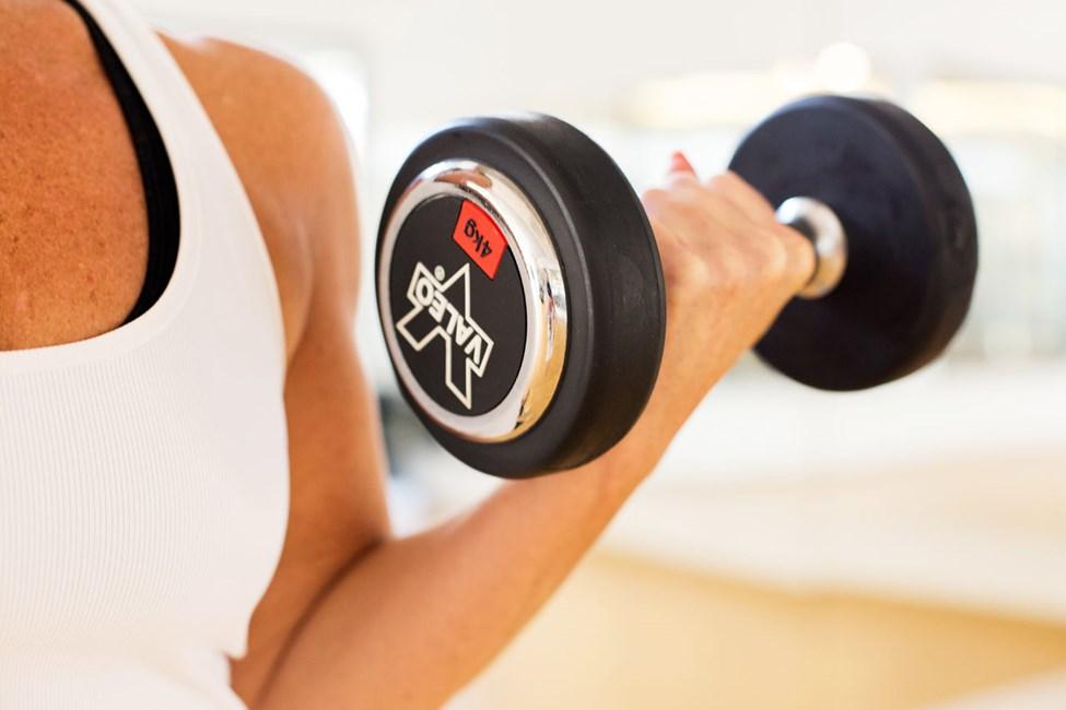 Träna på egen hand i vårt fräscha gym