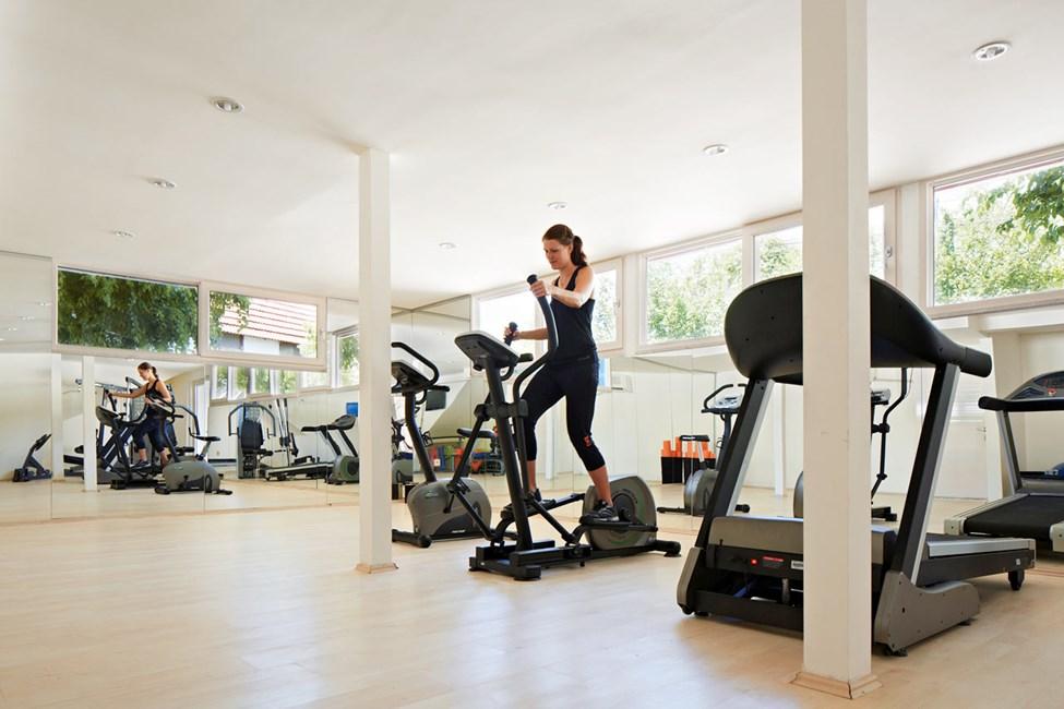 Här har du gratis tillgång till gym och gruppträning.