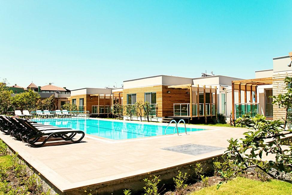 Trerumslägenheter med högre standard i villa