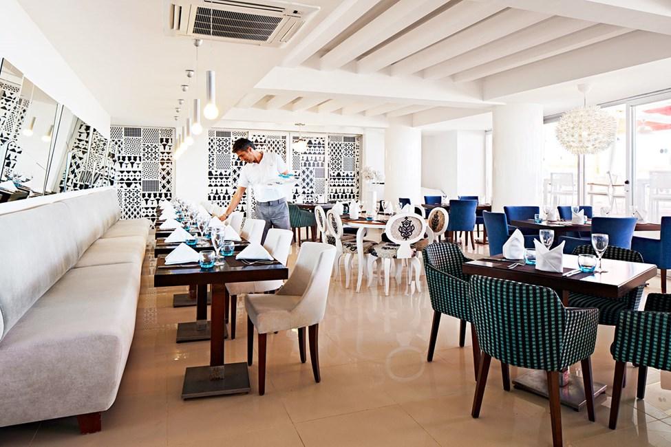 Ät och drick gott i Sunprime Restaurant