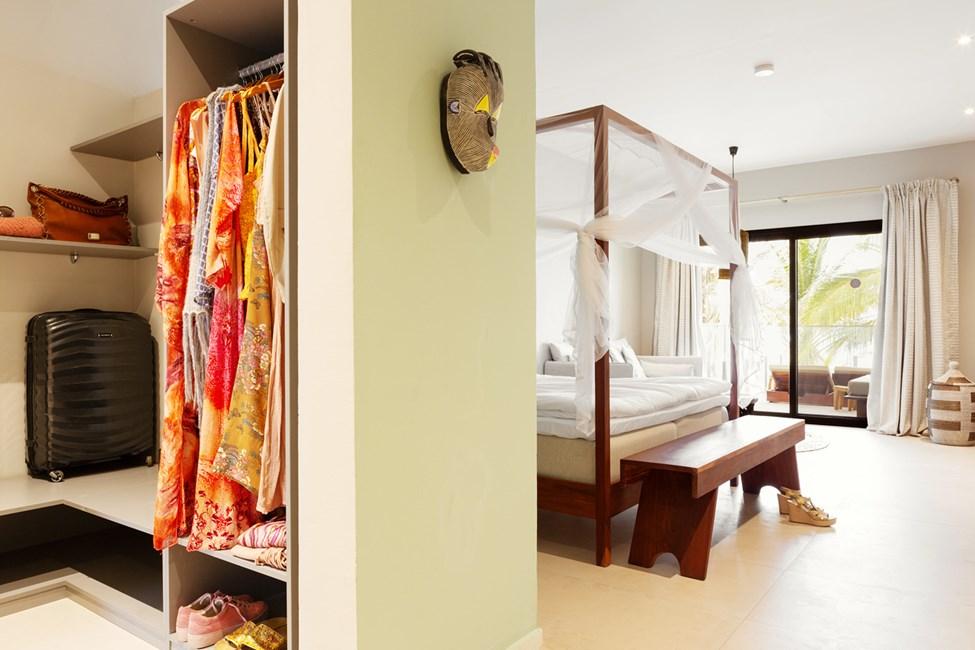 Classic Suite 1 rum, balkong mot havet. Myggnät mot förfrågan.