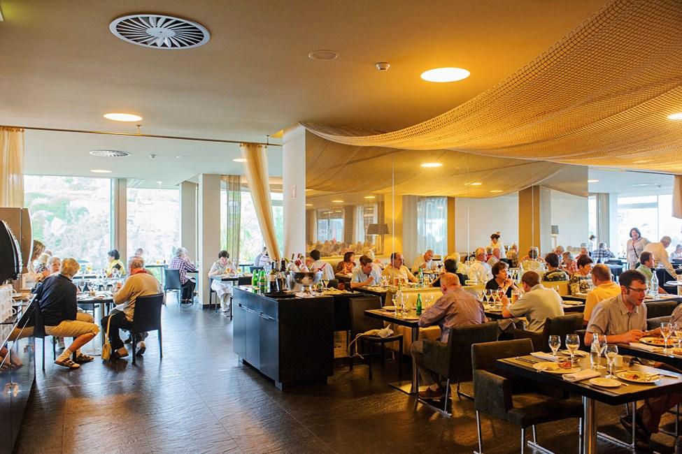 I hotellets kombinerad buffé- och à la carte-restaurang