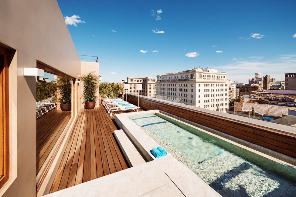 Takterrass med pool