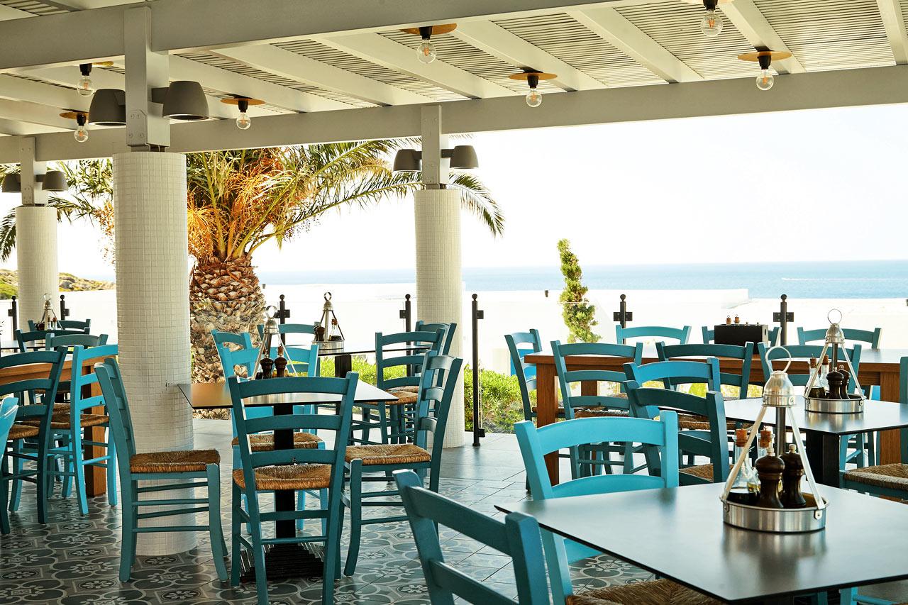 Iakovo's Kitchen & Grill serverar grekiska rätter såväl som internationella semesterfavoriter.