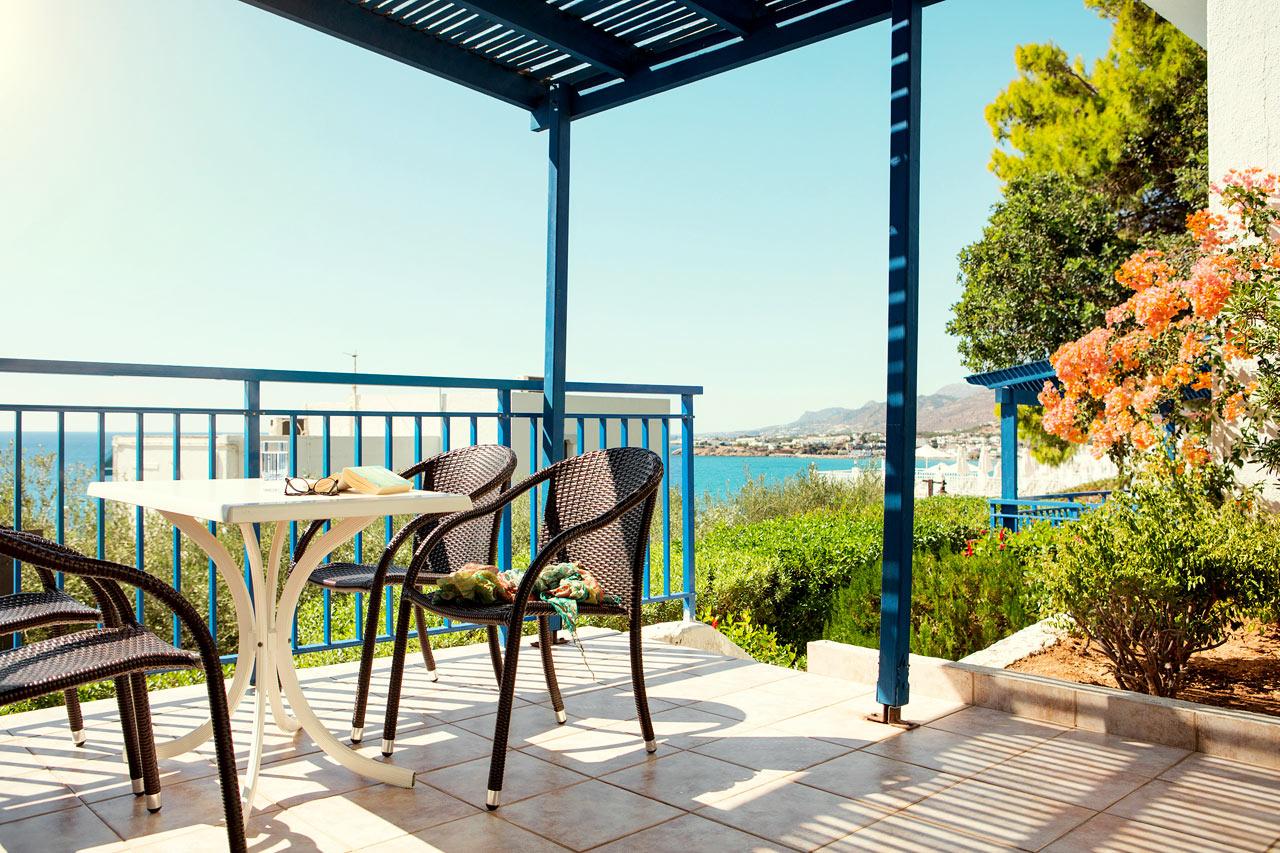 Trerumslägenhet Family, terrass och balkong med havsutsikt, Hera.