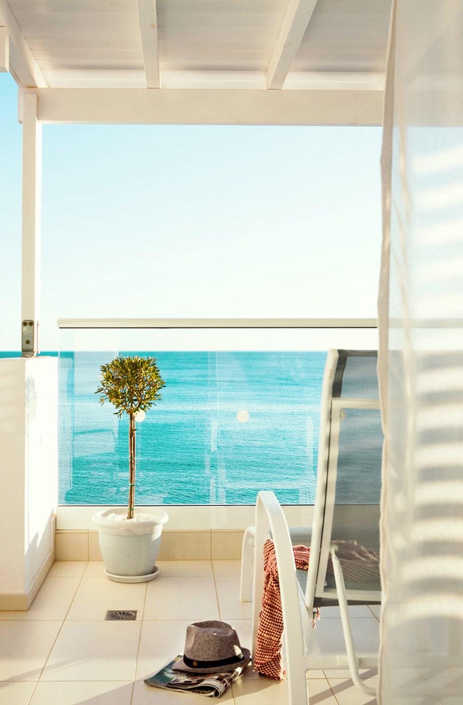 Trerumslägenhet Royal Family Suite, stor balkong med havsutsikt, Afrodite.
