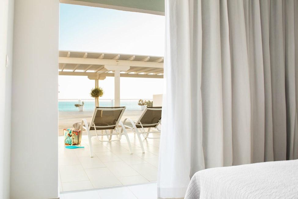 2-rums Club House Suite, stor terrass med havsutsikt och soldäck.