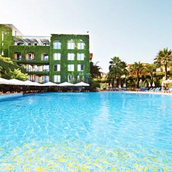 Hotell i giardini naxos noggrant utvalda av ving - Hotel la riva giardini naxos ...