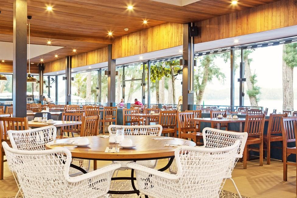 Piak´s Kitchen är Sunwing Bangtao Beachs populära kvarterskrog.