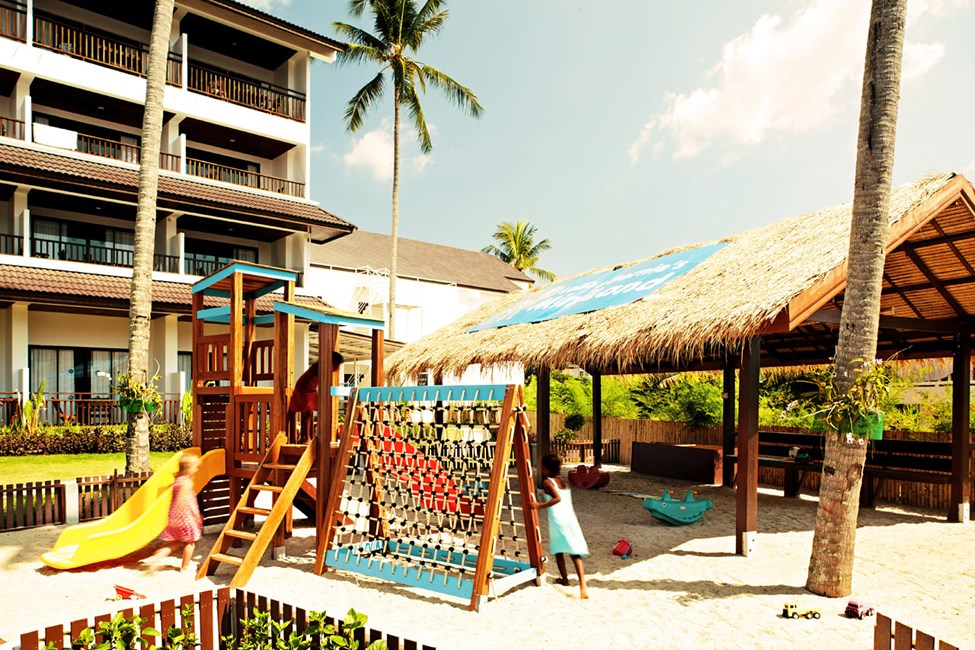 Mini Lands populära lekplats, delvis skyddad från solen.