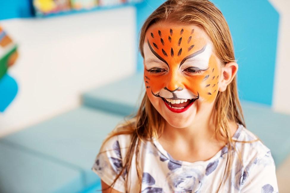 Bli målad som en tiger, en fjäril eller kanske en katt i Lollo & Bernie's Mini Land.