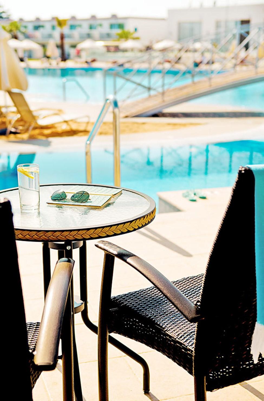 Junior Suite med direkt pool access