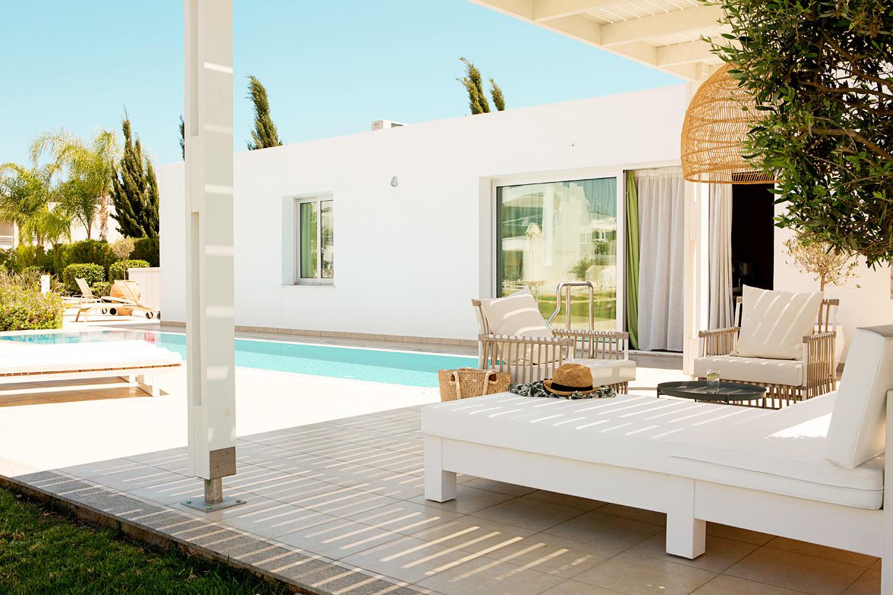 Prime Pool Suite 2 rum, terrass med privat pool