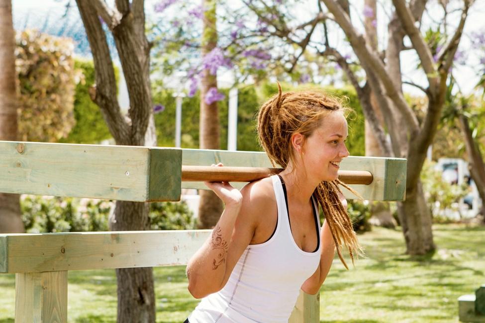 Vill du träna ute under semestern kan du utmana dig i utomhusgymmet på Sunwing Sandy Bay Beach.