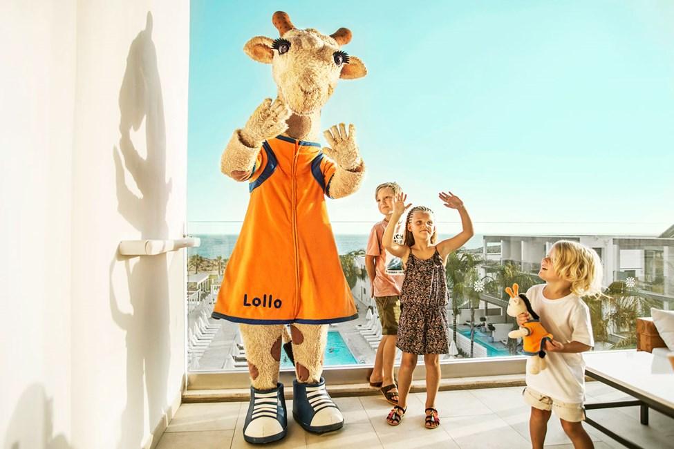 Lollo, den dansglada giraffen