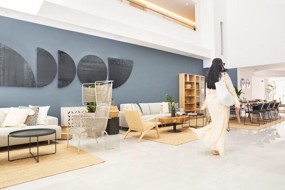 Hotellets harmoniska lobby