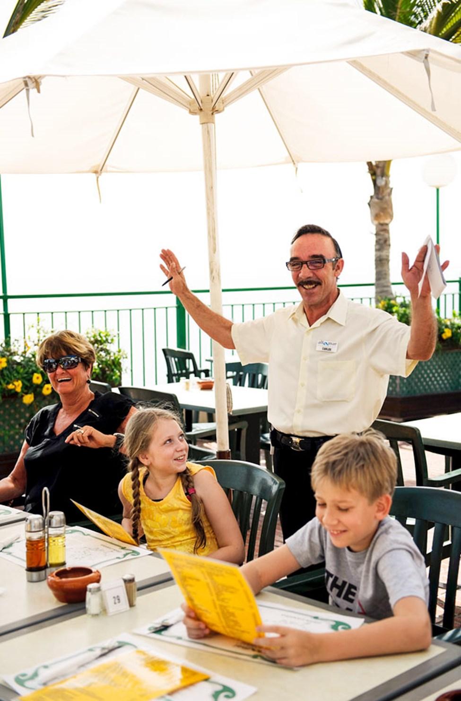 Carlos i restaurangen