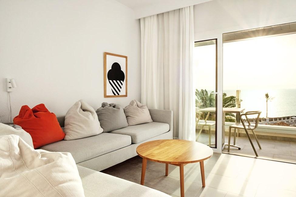 Enrumslägenhet FAMILY, balkong med havsutsikt, separat sovdel