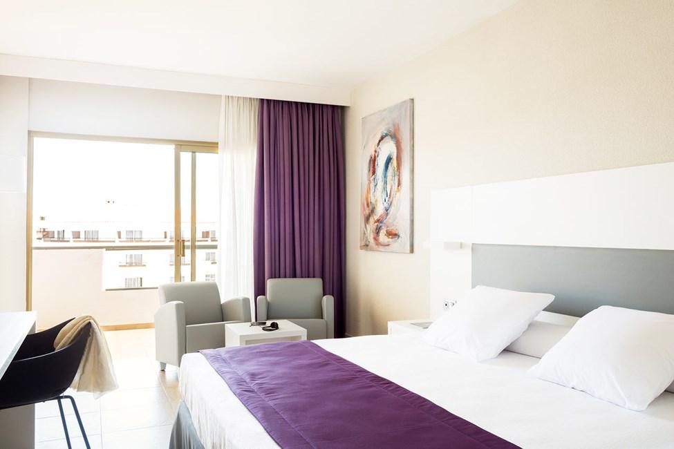 Alla rum har smakfull och modern inredning
