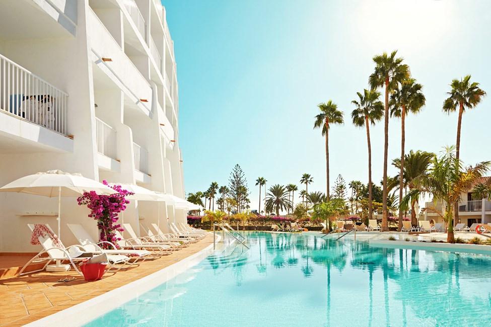 Här kan du lyxa till semestern och boka en Prime Pool Suite med direkt poolaccess