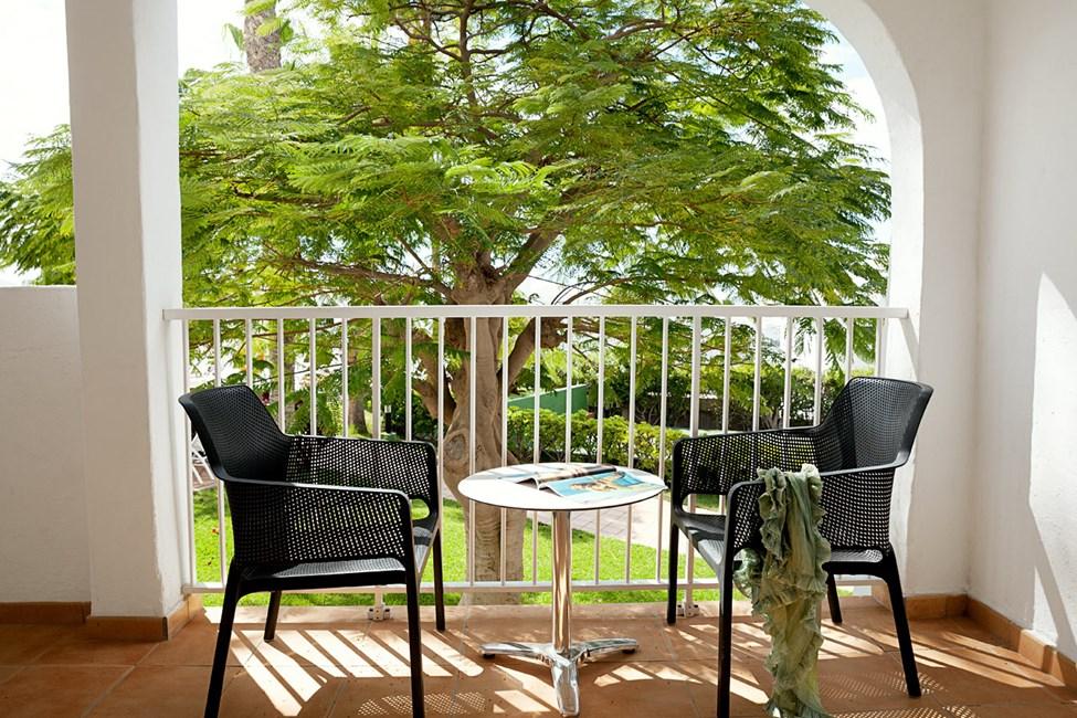 Junior Suite med balkong mot omgivningarna