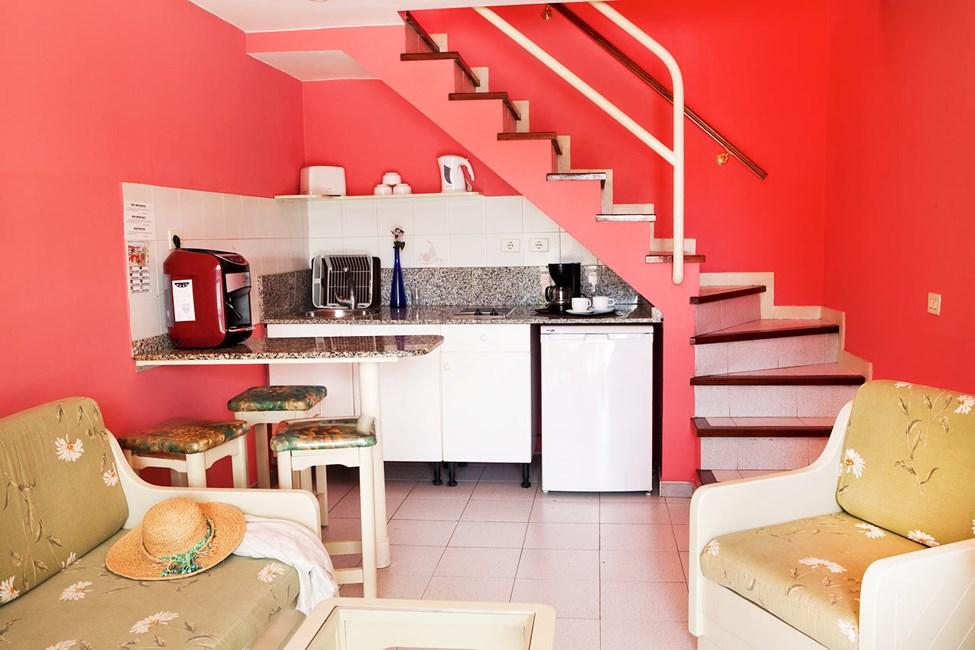 Vardagsrummen i lägenheterna