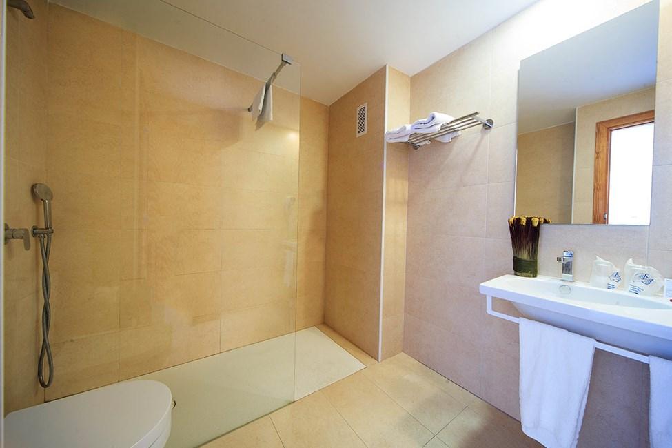 Badrum i en tvårumslägenhet