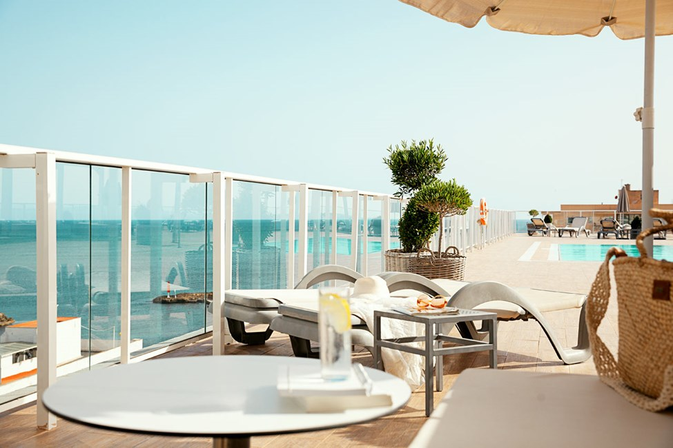 Prime Rooftop Suite 1 rum, stor terrass med havsutsikt