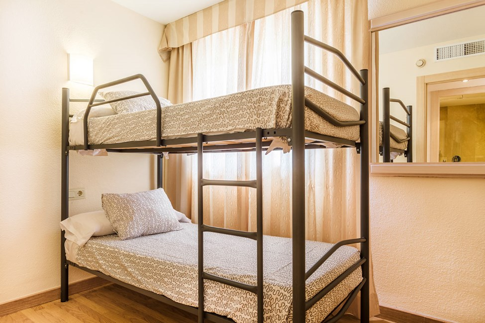 I vissa trerumslägenheter finns en våningssäng i ett av sovrummen