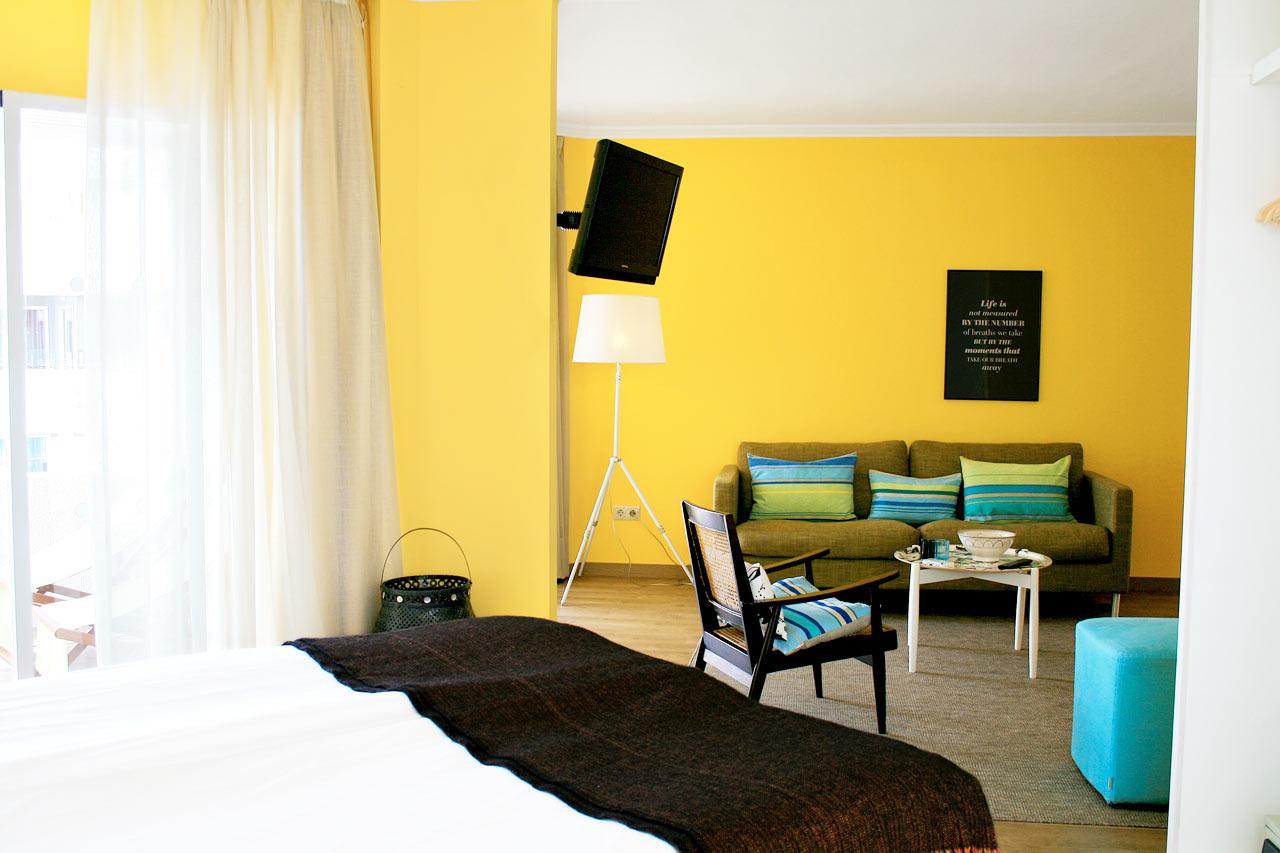 R.O.O.M ® Suite, balkong med havsutsikt på översta våningen