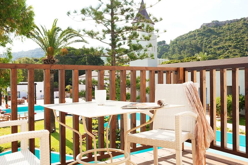 Junior Suite, balkong mot lagun