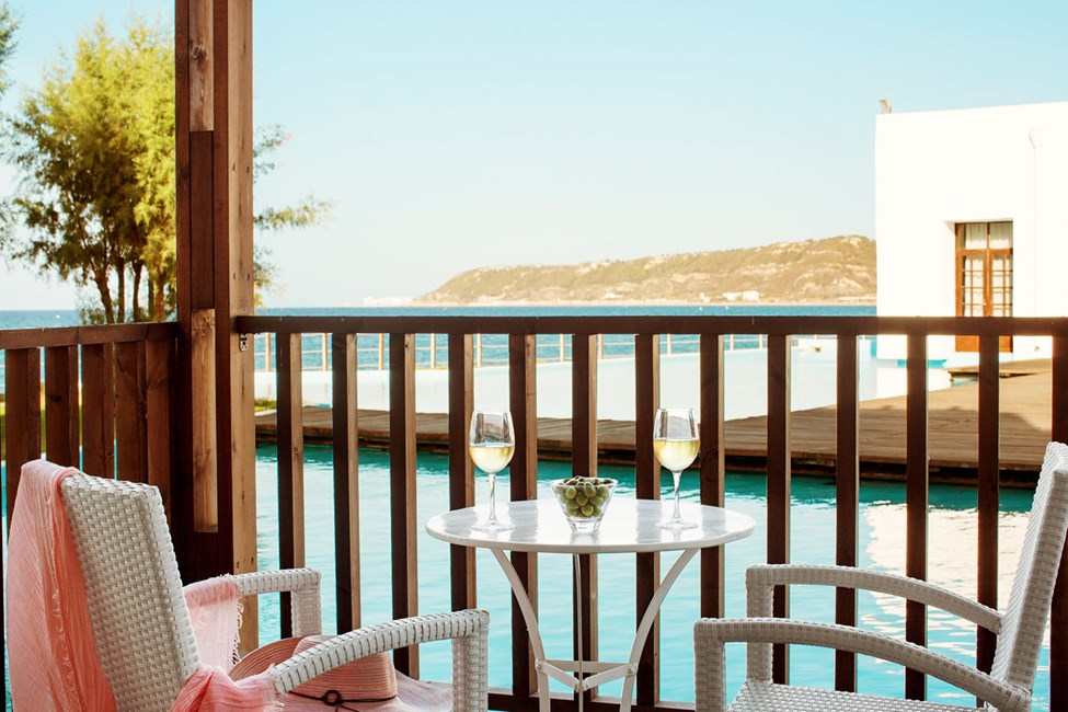 Classic Suite, balkong mot lagun