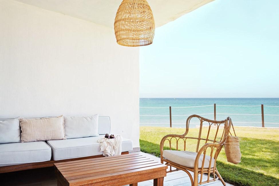 Prime Lounge Suite 2 rum terrass med havsutsikt