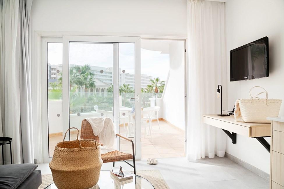 Frånhösten 2021. Bilden visar ett exempel på hur en lägenhet kan se ut efter renoveringen, kan kommas att ändras.