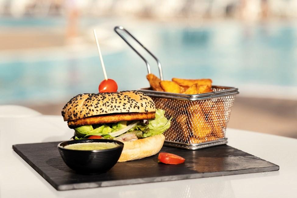 På Sunprime Coral Suites & Spa serveras god och vällagad mat
