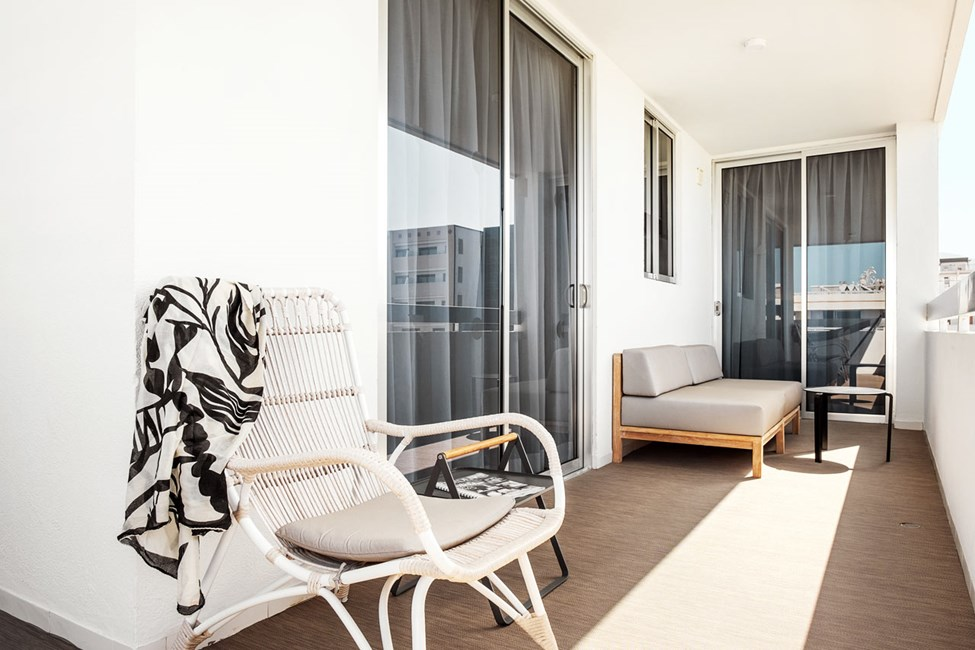 Prime Lounge Suite 2 rum, balkong mot poolområdet