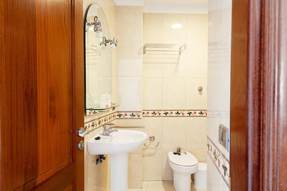 Badrum i tvårumslägenheterna