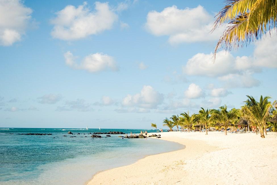 Stranden vid Le Victoria Hotel på Mauritius