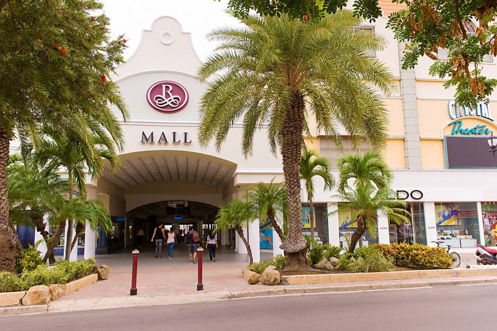 Renaissance mall i Oranjestad