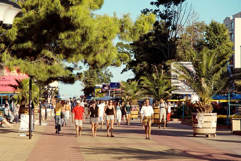 I Sunny Beach finns det gott om restauranger, barer och småbutiker