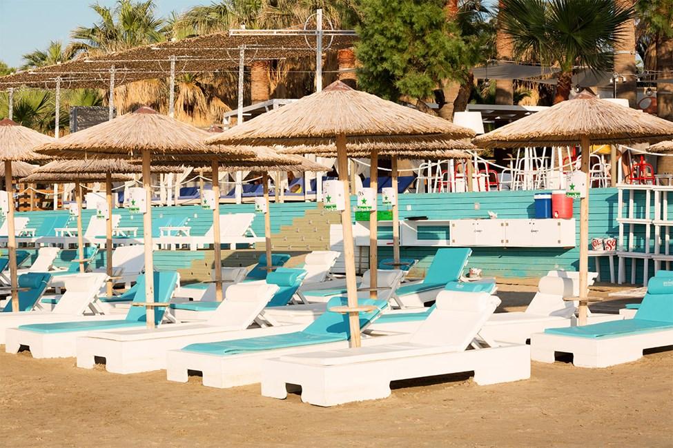Beach Club Red Havanna
