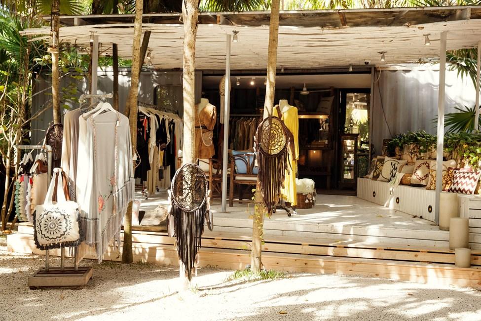 I Tulum finns möjlighet till enklare shopping av både det ena och det andra